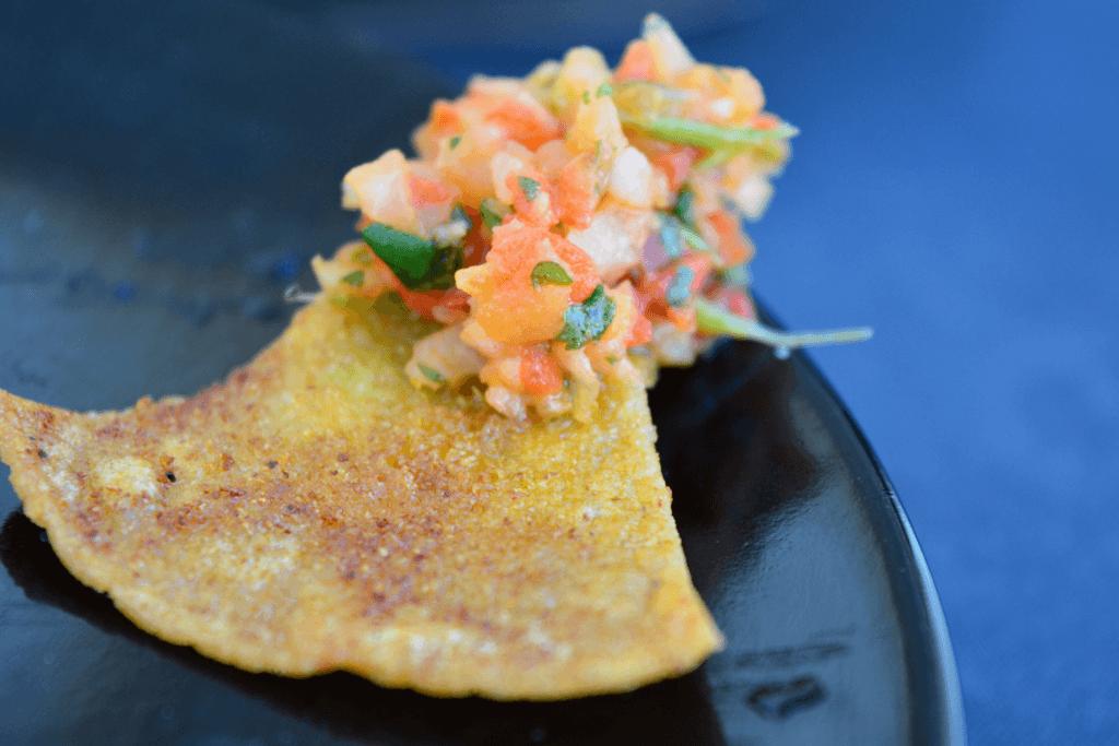 low sodium tortilla chip with red pepper pico de gallo