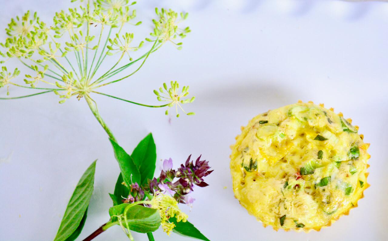 low sodium renal diet breakfast egg cups with fresh herbs | kidney diet | low potassium low sodium breakfast